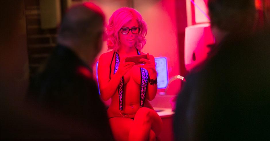 Проститутки В Районе Красных Фонарей