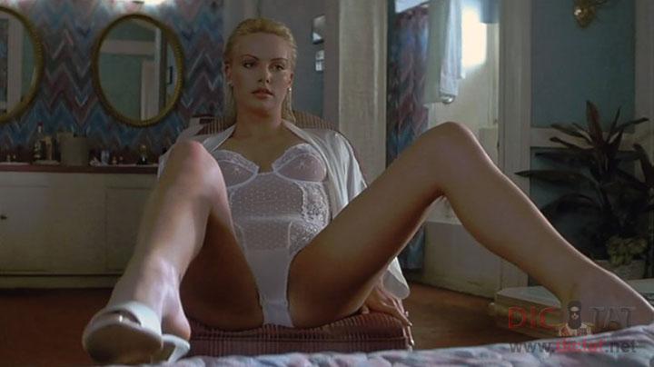 Видео из фильмов с голыми актрисами как