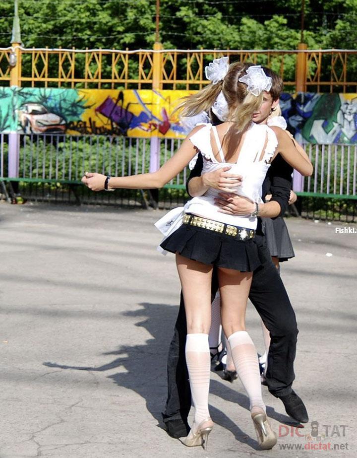 непристойные фото русских девушек