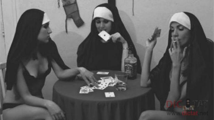 Развратные монашки