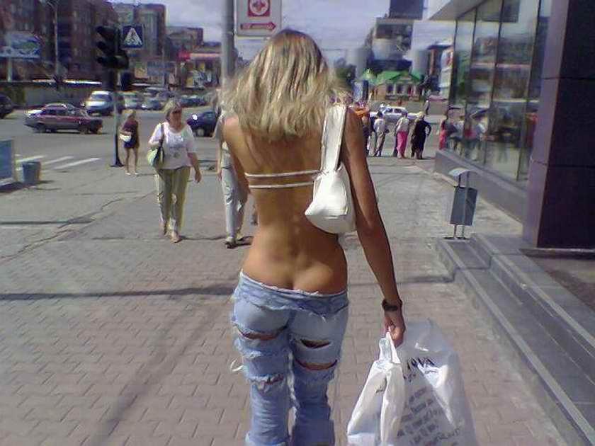 Девушки в трусах в новосибирске фото 728-641