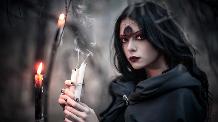 Картинки по запросу Ведьма была жутко страшная, старая, противная и с одним зубом