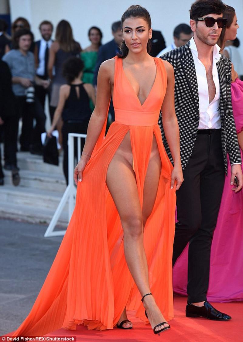 Модель платья италия
