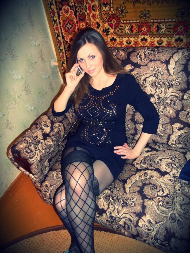 chastnie-foto-devushek-iz-rossii-doma