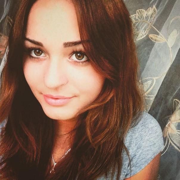 хочу познакомится с красивой девушкой 12 лет